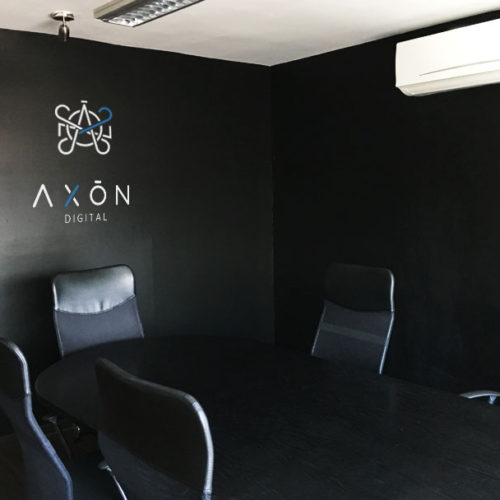 Sala de Juntas Agencia de Marketing Digital Axon